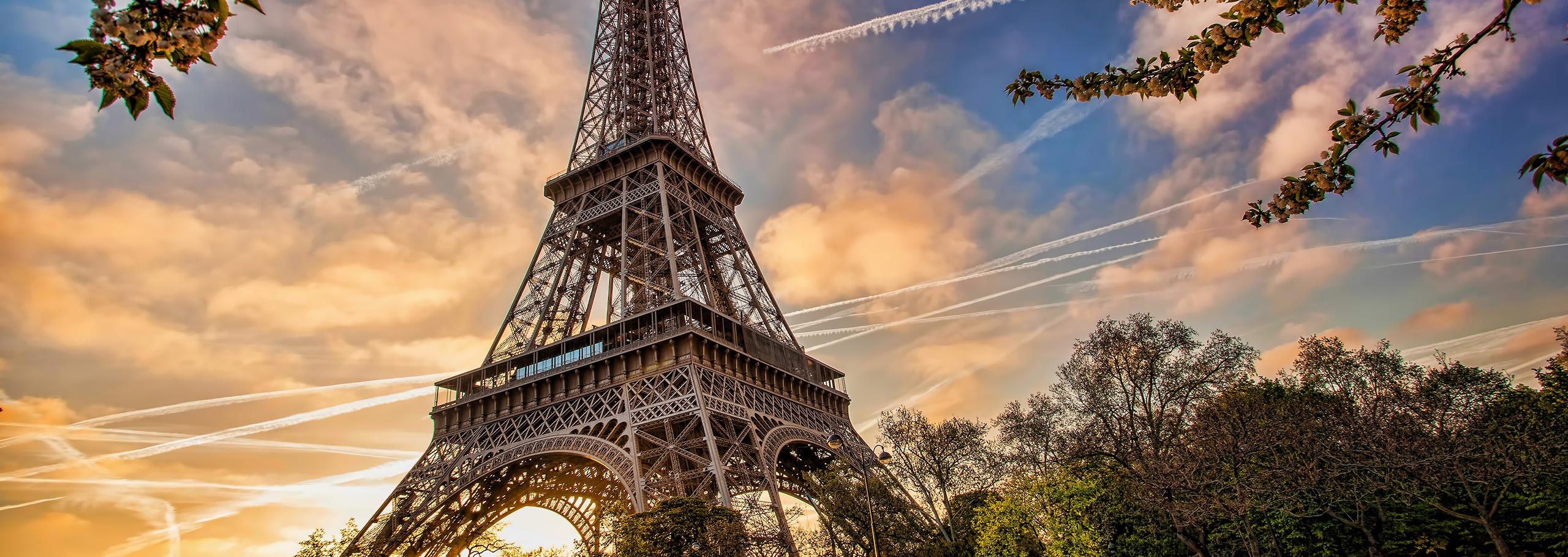 car hire rentals france eiffel tower