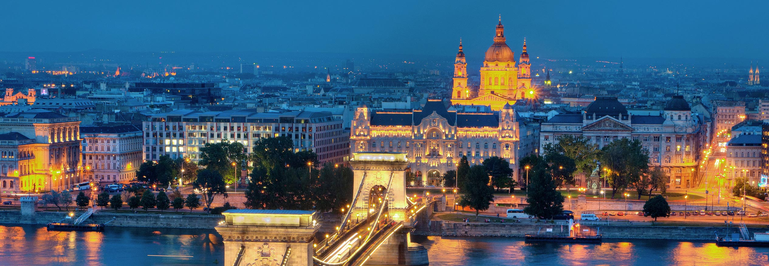 car hire rentals hungary city night