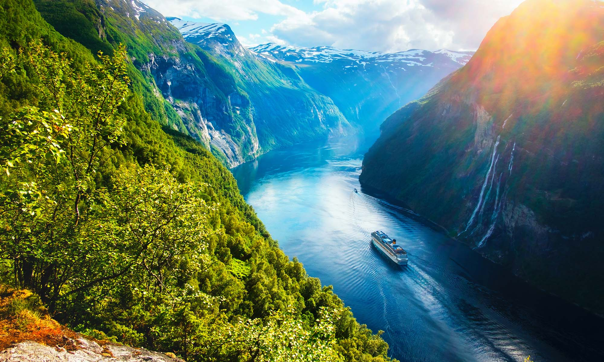 car hire rentals Norway river mountains
